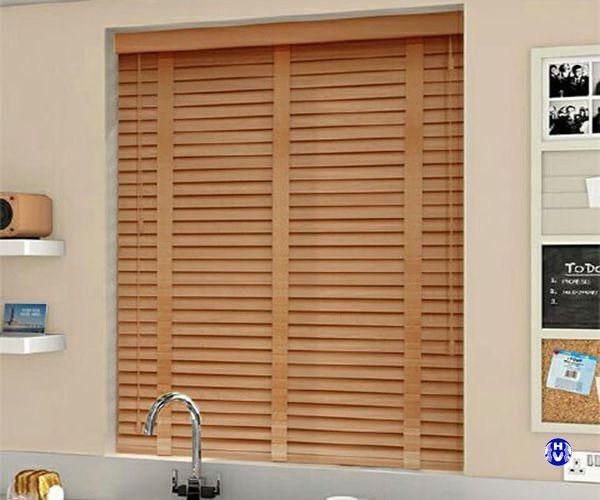 Rèm gỗ chống nắng cản tia uv lắp cửa sổ gia đình