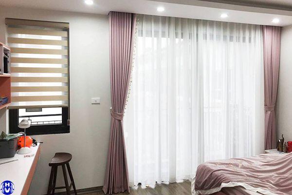 Rèm vải 2 lớp màu hồng kết hợp von trắng
