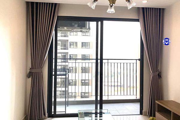 Rèm vải chống nắng phòng khách chung cư