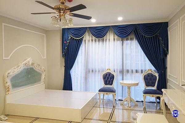Rèm vải cửa sổ tự động phòng ngủ cho nhà biệt thự