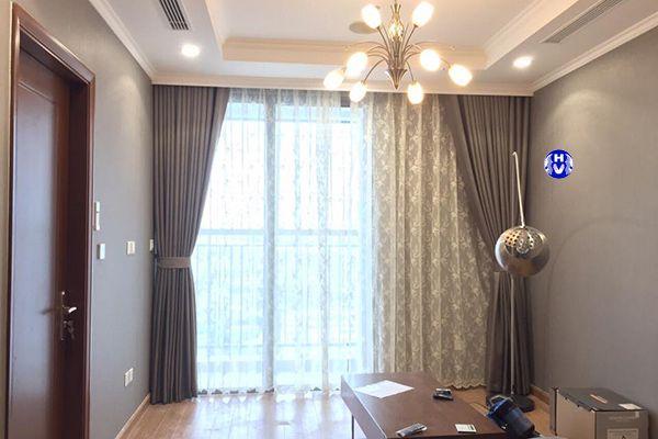 Rèm vải màu xám phòng khách chung cư được yêu chuộng nhất
