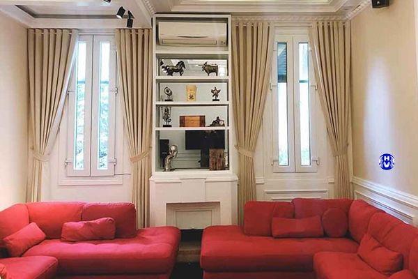 Rèm vải nhập khẩu Anh màu vàng mang sức sống không gian phòng khách