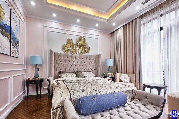 Rèm vải phòng ngủ cao cấp vợ chồng màu hồng góp phần tăng sự ngọt ngào