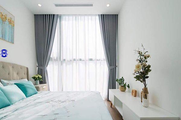Xu hướng lựa chọn rèm cửa phòng ngủ hiện đại một màu trơn