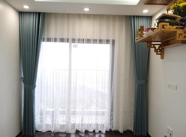 Căn hộ chung cư cao cấp không thể thiếu bộ rèm cửa che chắn ánh nắng