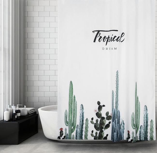 Chọn rèm dày để đảm bảo sự riêng tư với những thiết kế phòng tắm thông vệ sinh