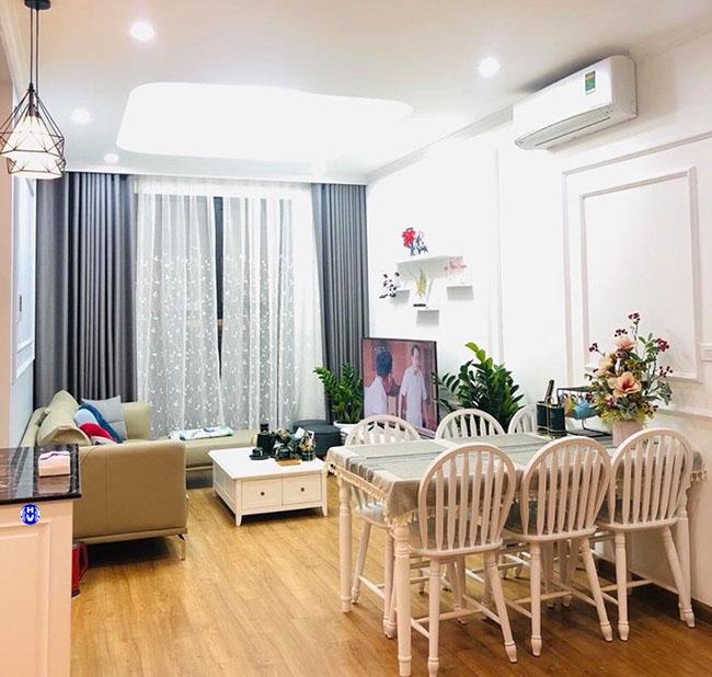 Mẫu rèm cửa một màu sử dụng nhiều tại các căn chung cư hiện đại