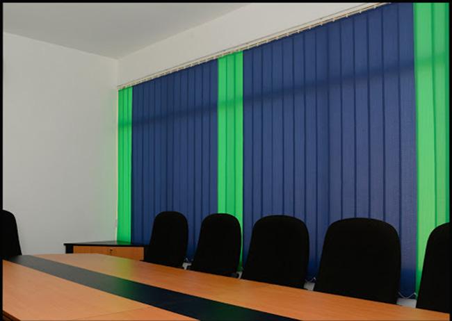 Phòng họp bớt nhàm chán với mẫu rèm văn phòng màu sắc