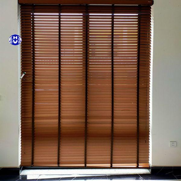 Rèm gỗ tự động văn phòng chắn sáng