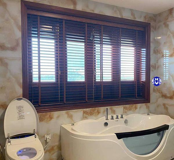 Rèm sáo nhôm lắp cửa sổ phòng tắm cao cấp