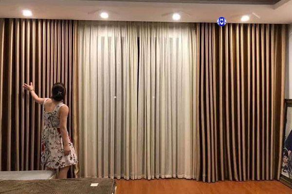 Rèm vải 2 lớp kéo tay sử dụng thanh day