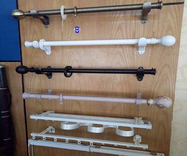 Thanh treo rèm cửa làm từ nhiều chất liệu khác nhau
