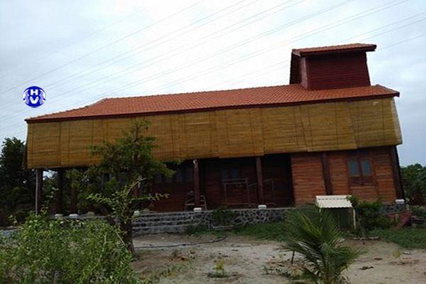 Hình ảnh lắp đặt rèm trúc chống thấm nhà vườn