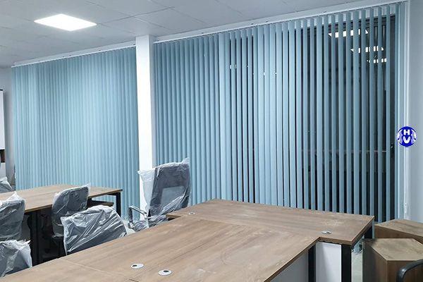 Mẫu rèm cửa lá dọc giá rẻ đầy đủ chức năng cho mọi căn phòng