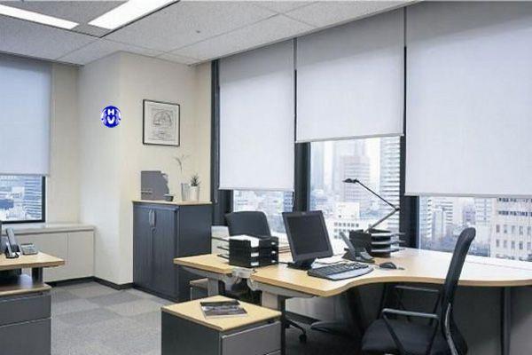 Mẫu rèm cửa màu xám văn phòng đơn giản hiện đại