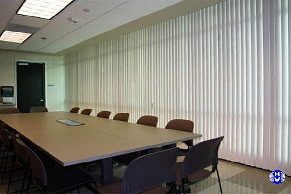 Mẫu rèm sáo dọc cho văn phòng công ty