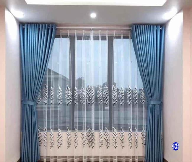 Mẫu rèm vải chống nắng màu xanh ngọc