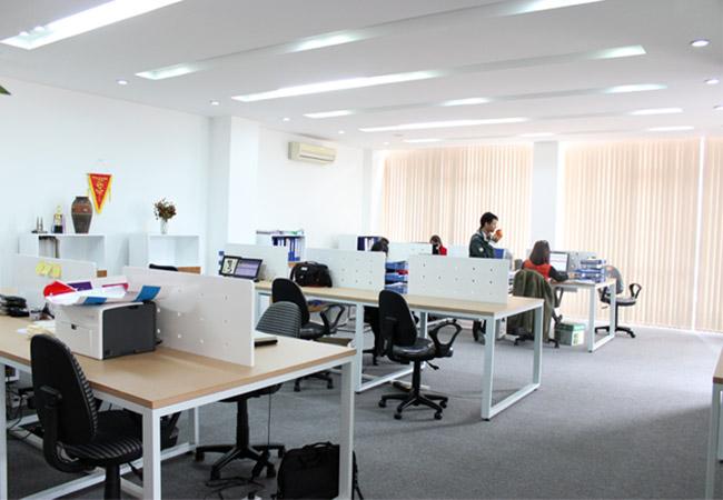 Nhiều kiểu dáng hiện đại cho giới văn phòng lựa chọn