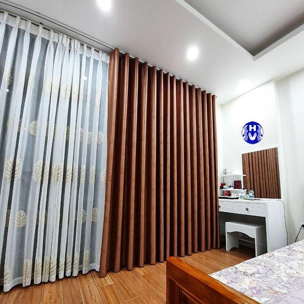 Rèm cửa 2 lớp giúp căn phòng ấm áp hơn vào mùa đông