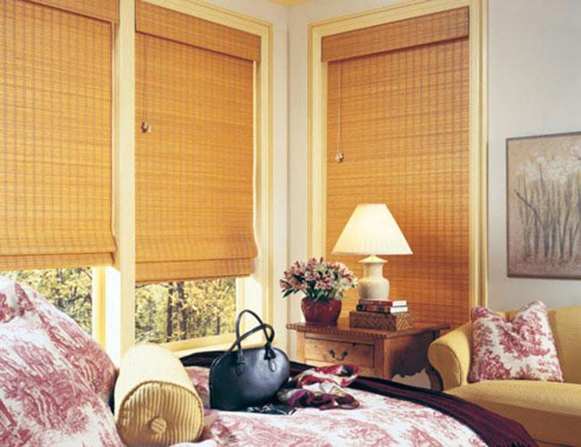 Rèm cửa bằng trúc đẹp che nắng cho cửa sổ phòng ngủ
