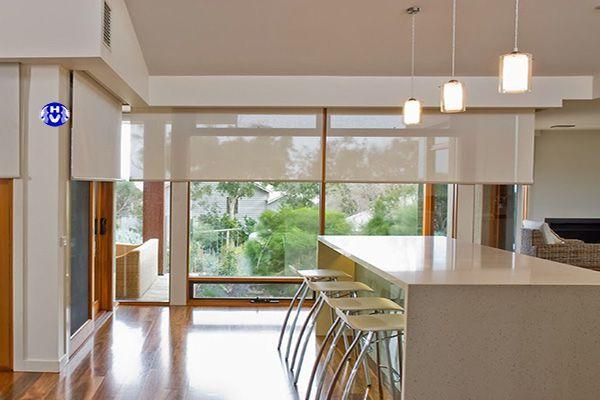 Rèm cuốn vải lưới giá rẻ đẹp cửa sổ nhà bếp