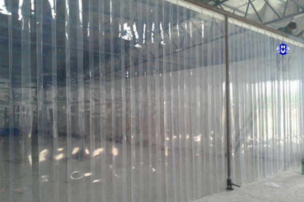 Rèm nhựa ngăn lạnh cho kho chứa đông lạnh