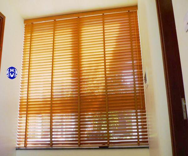 Rèm sáo nhựa cửa sổ che nắng cho văn phòng