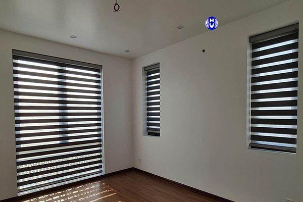 Rèm cầu vồng đủ kích thước cho từng ô cửa sổ phòng ngủ