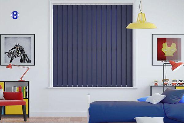 Rèm lá dọc giải pháp tích kiệm chi phí phòng ngủ