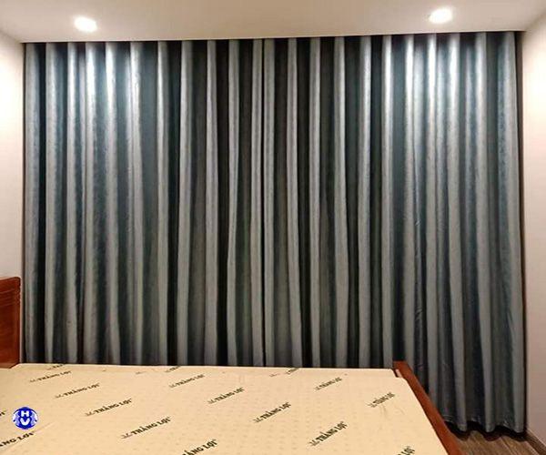 Rèm vải khách sạn màu xanh dương khó bám bẩn