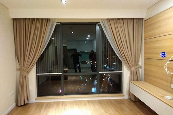 Rèm cửa màu kem đẹp cho phòng khách