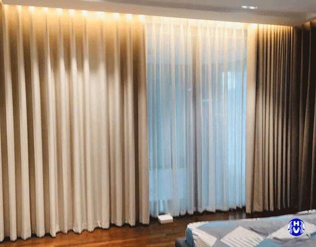 Rèm vải 2 lớp ánh vàng kết hợp voan trắng