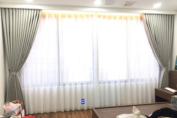Mẫu rèm vải 2 lớp cản ánh sáng tuyệt đối cho căn phòng