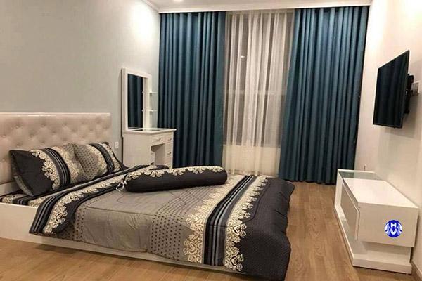 mẫu rèm vải phòng ngủ cho vợ chồng trẻ