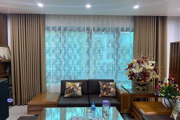 Rèm cao cấp phòng khách tôn vinh lên vẻ đẹp không gian