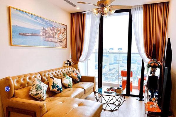 Rèm cửa sổ phòng khách cho những ai yêu thích gam màu nóng