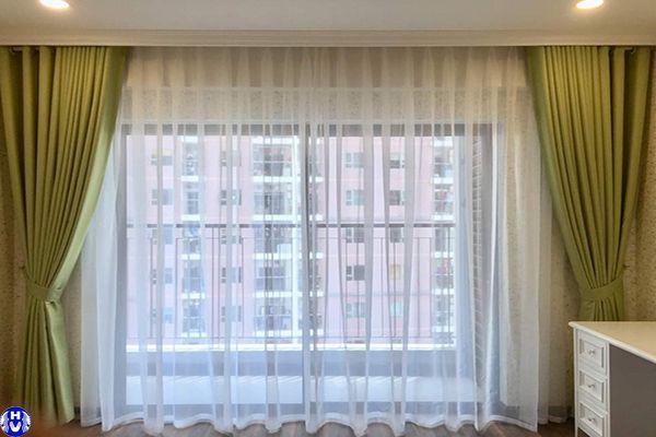 Rèm vải màu xanh phòng ngủ vợ chồng trẻ chất liệu từ linen