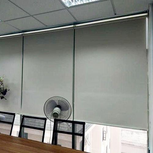 Rèm cuốn chống nắng văn phòng